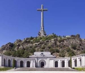 Basílica de la Santa Cruz del Valle de los Caídos (Benedictinos) (San Lorenzo de El Escorial)
