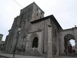 basilica de santa maria de la asuncion llanes