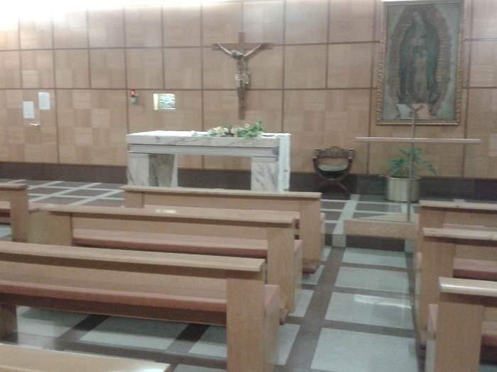 capilla de nuestra senora de guadalupe aeropuerto de madrid barajas t1 madrid