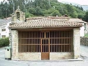 Capilla de San Roque (Alles)