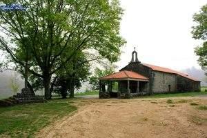 Capilla de San Xusto e Pastor (Cotobade)