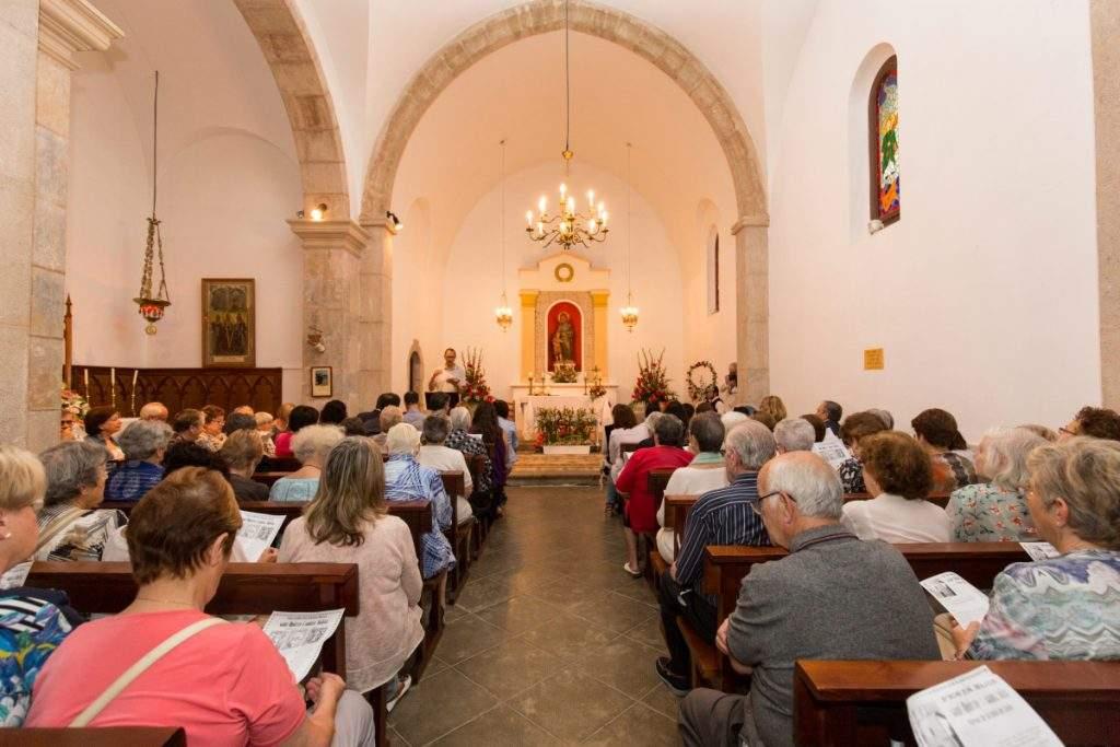 capilla de sant quirze i santa julita de tordelespa borreda