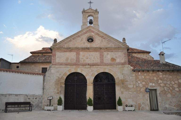 ermita de la virgen de la soledad torrelaguna