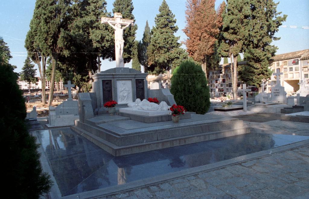 ermita de nuestra senora de la salud cementerio cordoba