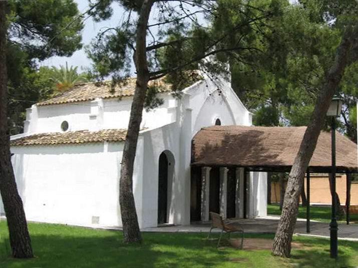 ermita de nuestra senora de los desamparados campo olivar godella