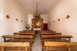 ermita del cristo de la sala morata de tajuna