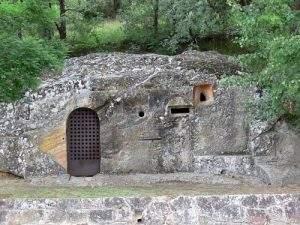 ermita rupestre de la virgen del carmen cadalso 2