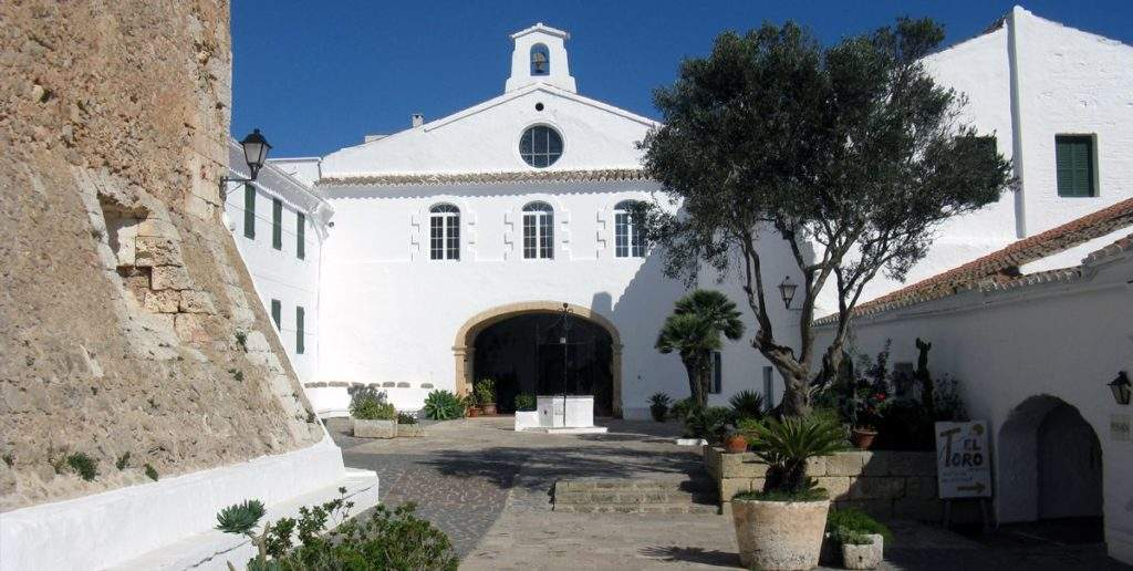 iglesia de la mare de deu del carme calan bosch ciutadella de menorca