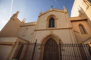 iglesia de la sagrada familia riba roja de turia
