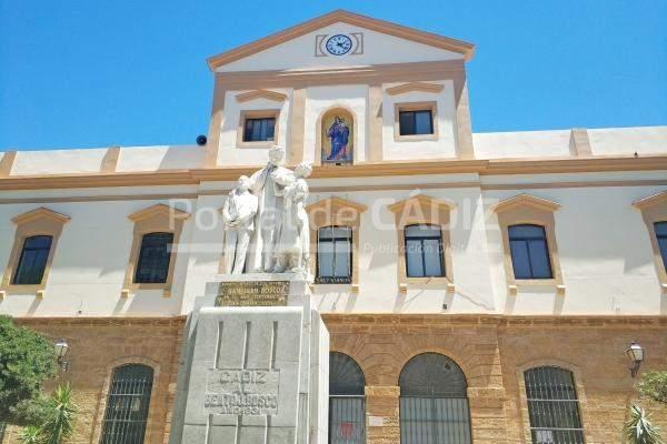 iglesia de maria auxiliadora salesianos cadiz