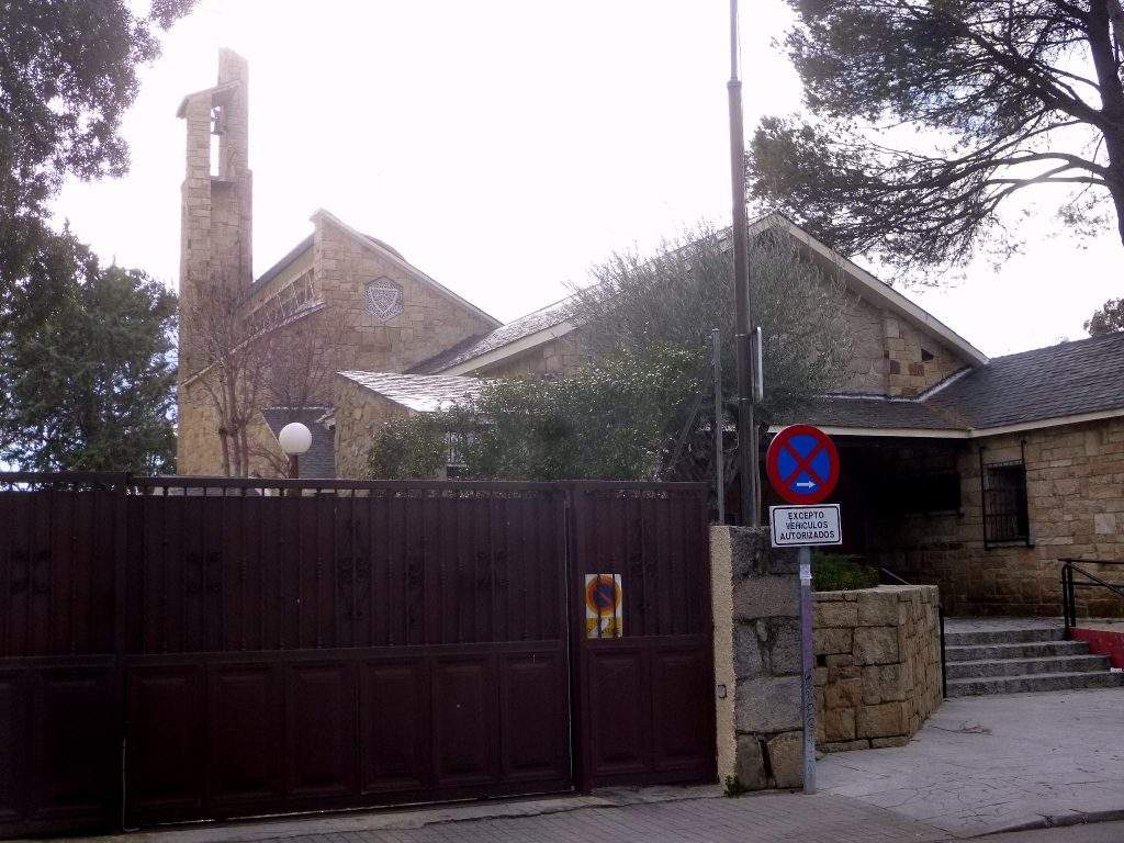 iglesia de nuestra senora del carmen torrelodones