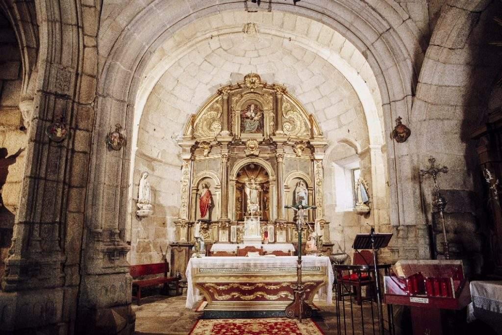 iglesia de san salvador pazos de arenteiro