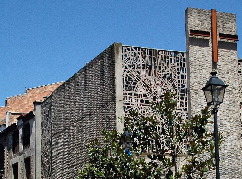 iglesia de sant antoni maria claret sallent