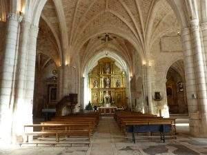 iglesia de santo tomas covarrubias