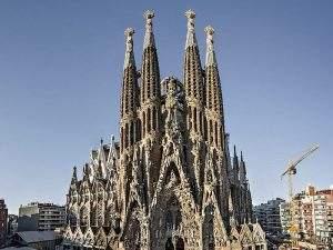 Iglesia Llar Sagrada Família (La Cogullada) (Terrassa)