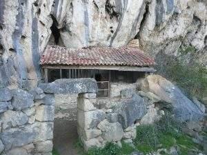 Iglesia rupestre de San Juan Bautista (Socueva) (Arredondo)