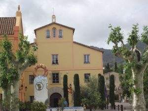 llar santa rosalia teia