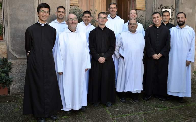monasterio benedictino de nuestra senora del pueyo monjes del verbo encarnado barbastro