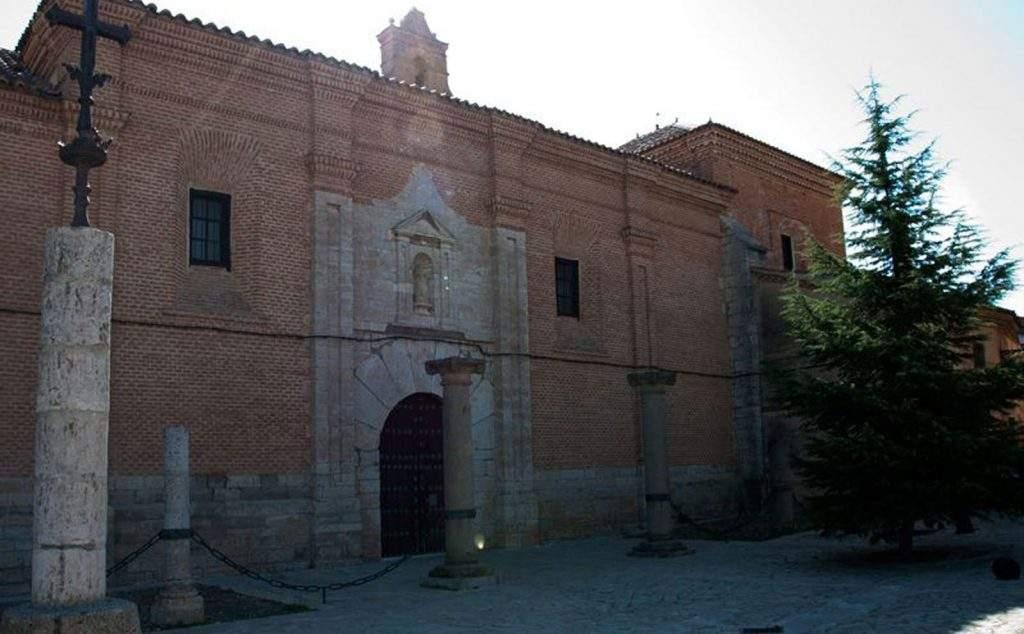 monasterio de santa clara toro