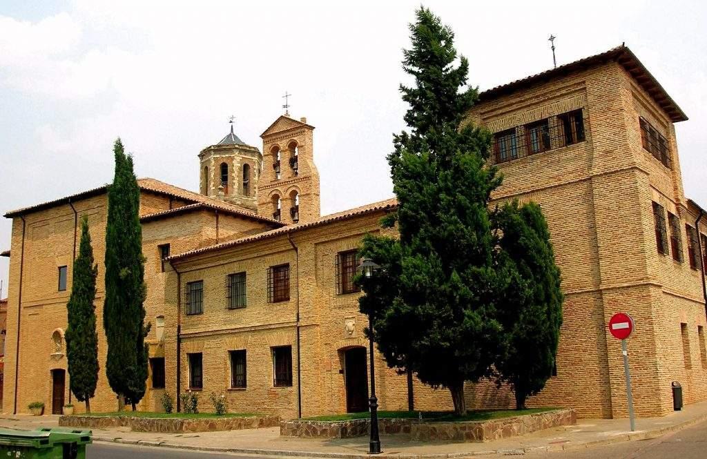 monasterio de santa cruz benedictinas sahagun