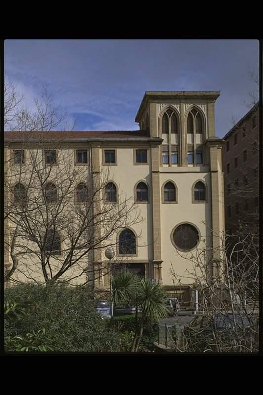 padres franciscanos donostia