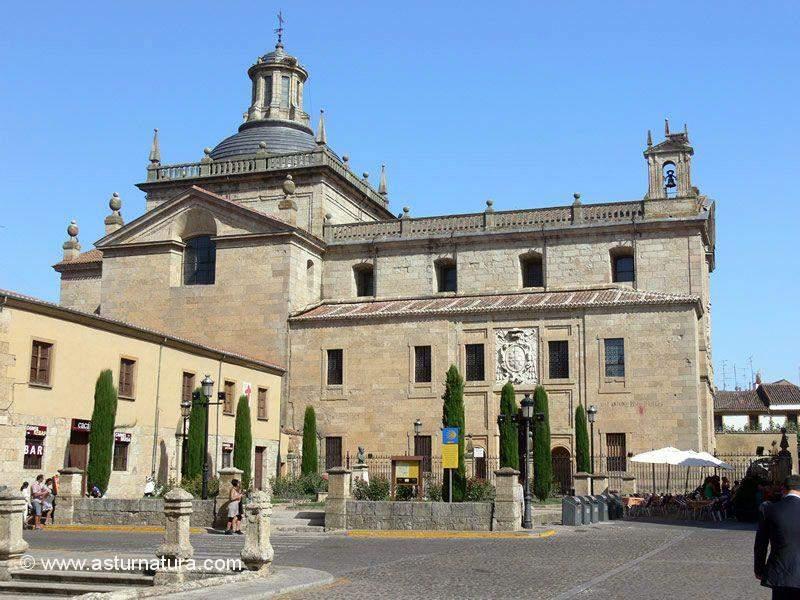 parroquia de el sagrario ciudad rodrigo