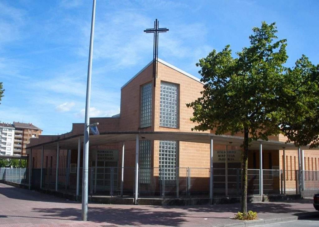 parroquia de jesucristo resucitado vitoria gasteiz