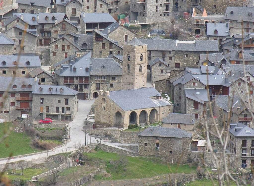 parroquia de la nativitat de la mare de deu montoliu de lleida