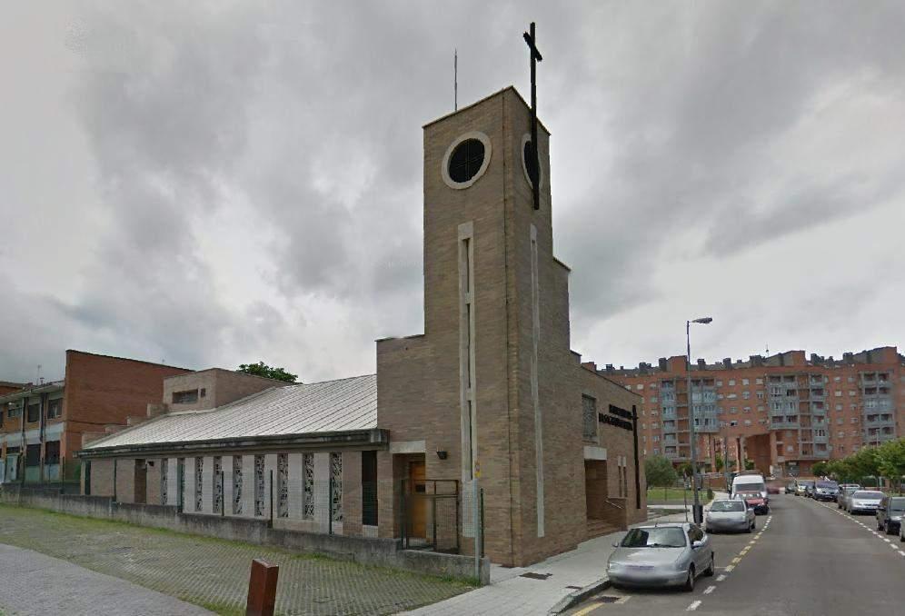 parroquia de la sagrada familia contrueces gijon