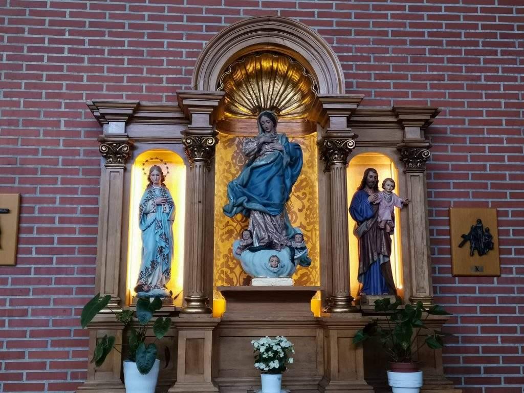 parroquia de la sagrada familia fuenlabrada