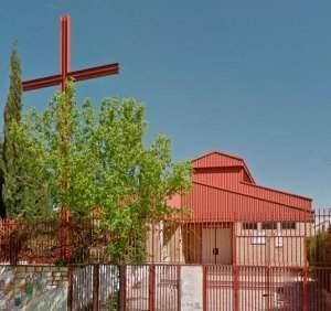 parroquia de la sagrada familia granada