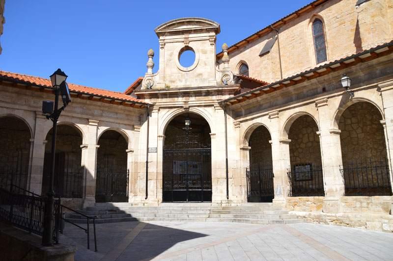 parroquia de la santa cruz medina de pomar