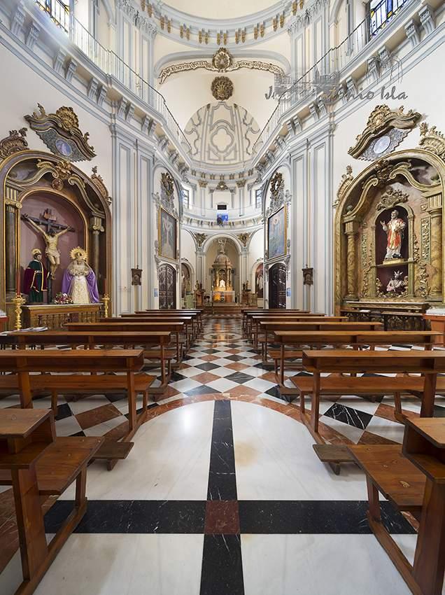 parroquia de la santa cruz y san felipe neri malaga
