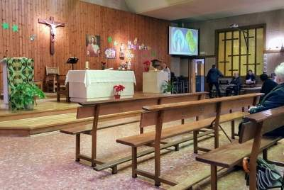 parroquia de los santos martires de uganda pamplona