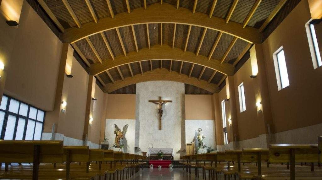parroquia de nuestra senora de la aurora y santo angel de la guarda madrid