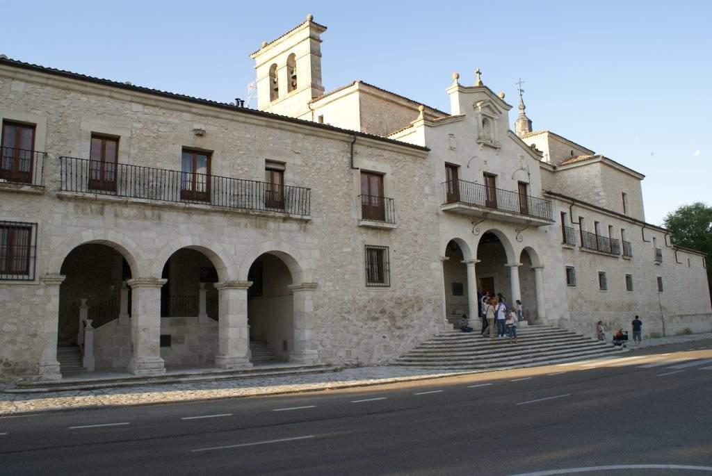 parroquia de nuestra senora del henar madrid