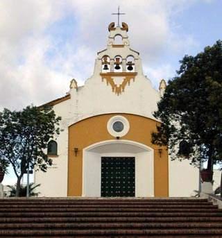 parroquia de nuestra senora reina del mundo corrales