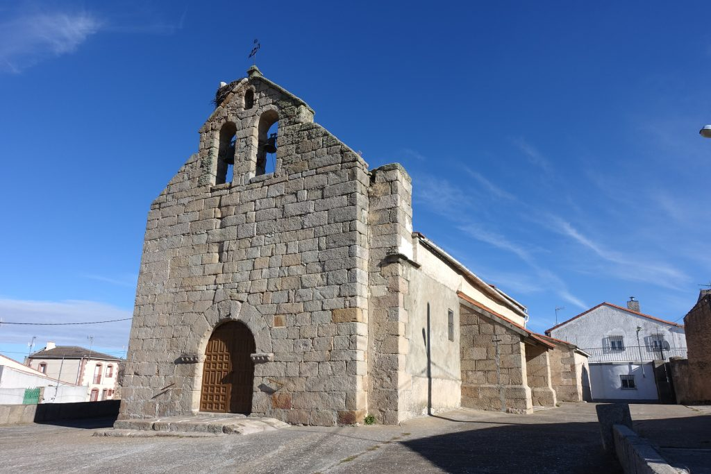 parroquia de san atanasio puebla de azaba
