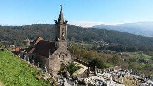 Parroquia de San Cristóbal de Mourentan (Arbo)