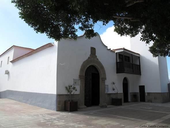 parroquia de san luis rey de francia charco del pino