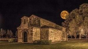 Parroquia de San Martín de Baños (Venta de Baños)