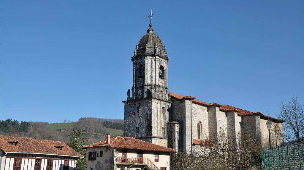parroquia de san martin de tours lesaka