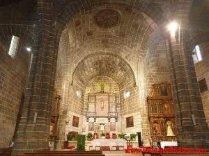 parroquia de san miguel arcangel el hoyo de pinares