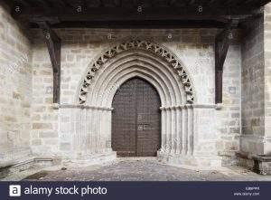 parroquia de san miguel arcangel idiazabal