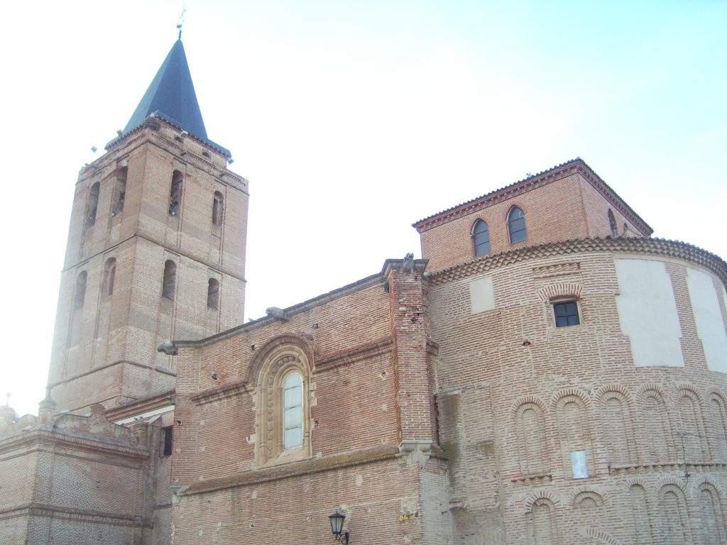 parroquia de san nicolas madrigal de las altas torres