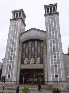 Parroquia de San Pedro de Mezonzo (A Coruña)