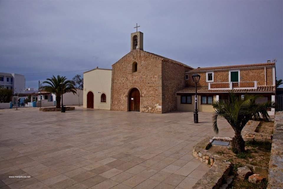 parroquia de sant ferran platja de palma las maravillas