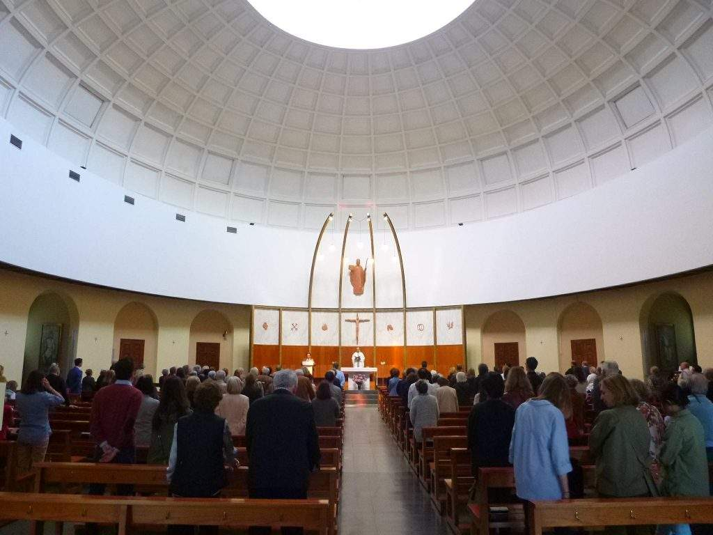 parroquia de sant gregori taumaturg barcelona