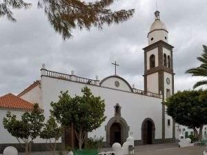parroquia de santa elena playa honda san bartolome
