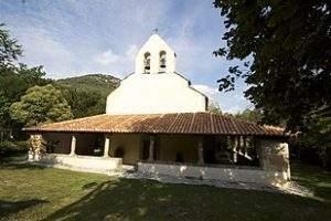 parroquia de santa maria de las arenas cabrales